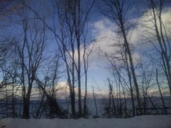 支笏湖をぐるりと周り、通過中。