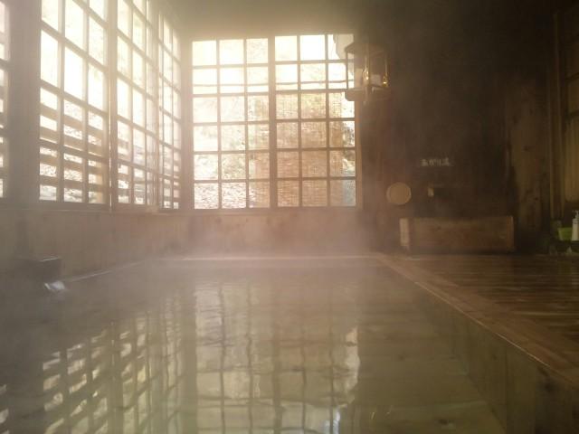 癒されてぐっすり。ランプの宿・青荷温泉