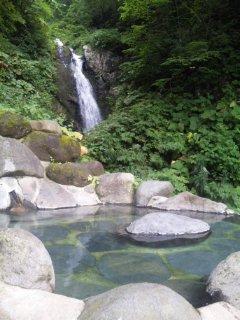 標高1126m<br />  で代謝アップ♪滝見露天風呂の新高湯温泉