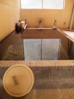 中房温泉にきたら、最初に入るのはココ!