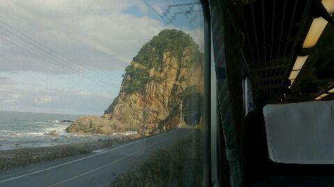 目の前にきらきら日本海。